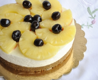 Cheesecake all'ananas (senza glutine e senza lattosio)