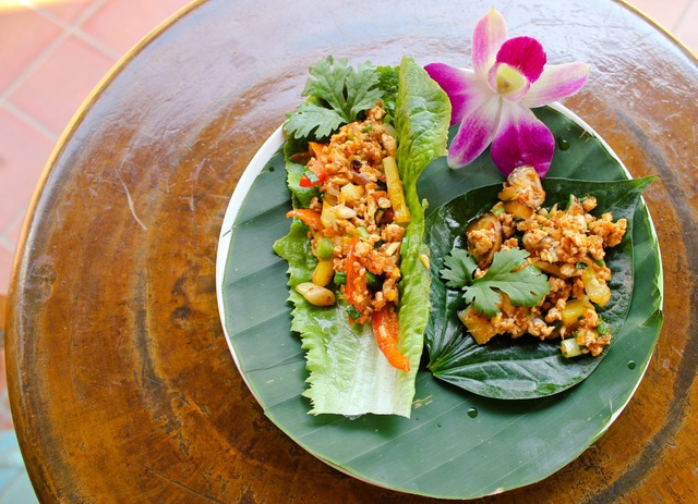 Thai Red Curry Chicken Lettuce Wraps