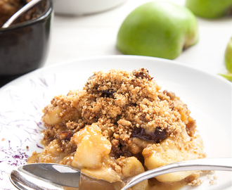 Toffee apple crumble (aka caramel apple crisp)