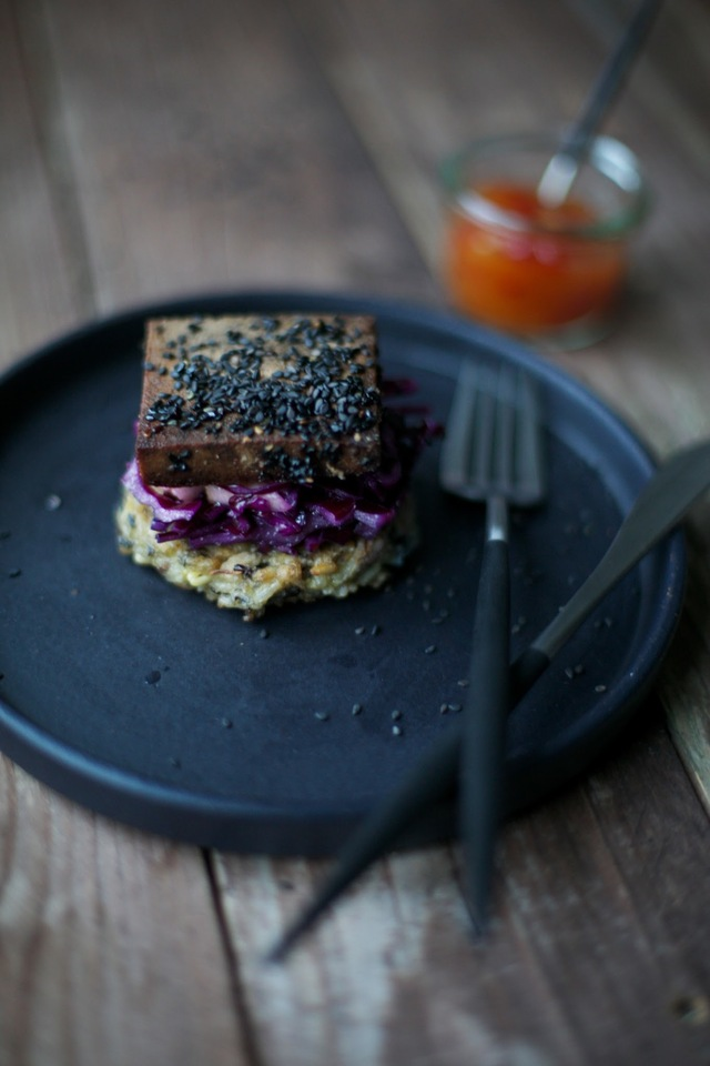 rice-sprouts-patties with red cabbage salad and marinated tofu