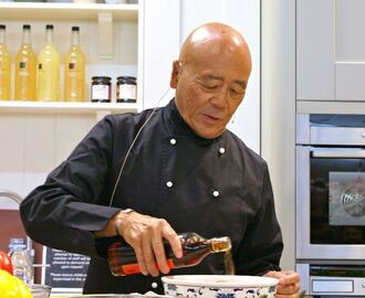 Ken Hom's Top Tips For Cooking With A Wok
