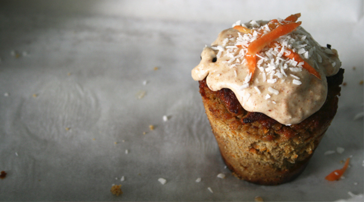 Carrot Cake Muffins with Maple Buttercream