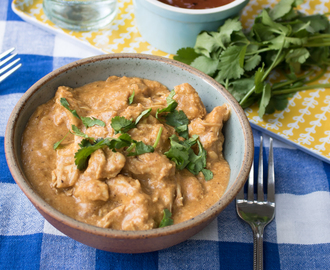Creamy Slow Cooker Chicken Korma