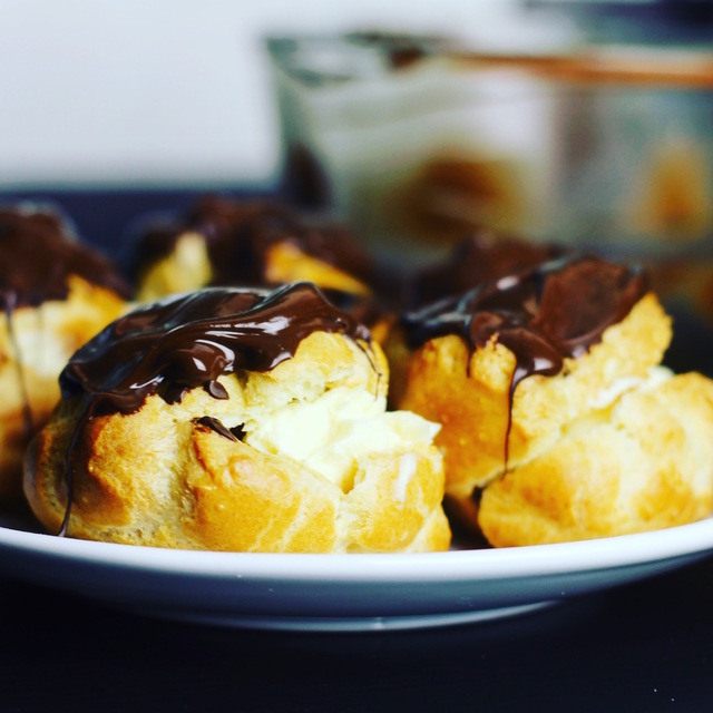 Belgian Chocolate Choux Buns With Vanilla Pastry Cream