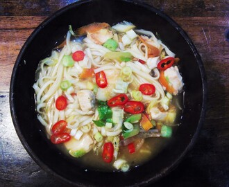 Cheat's 30 Minute Syn Free Chicken Udon Soup | Slimming World