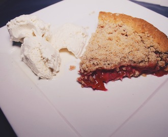 Celebrate | Pi (π) Day Friday - Rhubarb Crumble Pie