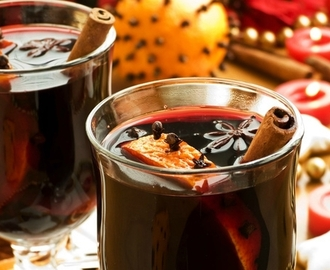 Mulled Wine Plum Chutney