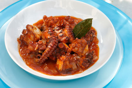 Braised octopus in dry and sweet wine sauce