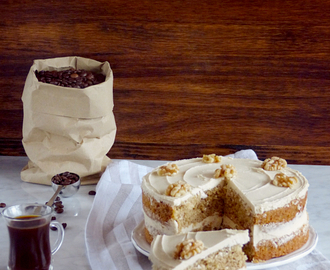 Tarta de Café y Nueces {Coffee and Walnut Cake}