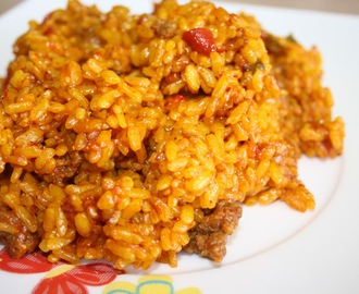 Arroz con carne picada y bacon