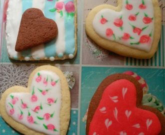 Galletas San Valentín decoradas con glasa