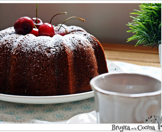 Bundt cake cerezas chocolateada