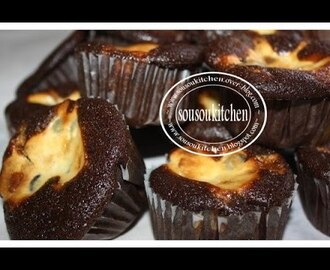 Cupcakes au chocolat et crème de fromage/Chocolate and cream cheese cupcakes-Sousoukitchen