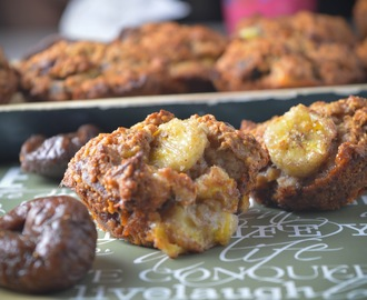 Dried Figs, Bananas & Honey Oat Cakes
