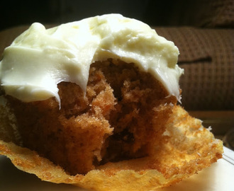 Heavenly Carrot Cupcakes with White Chocolate Cream Cheese Frosting