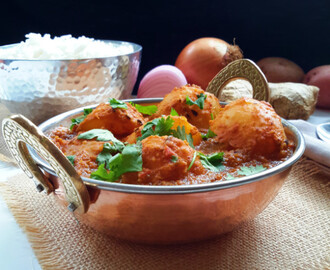 Potato Curry (Dum Aloo)