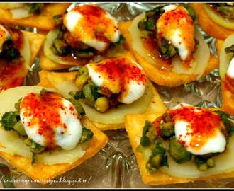 Papri Chaat....finger-licking savoury snack