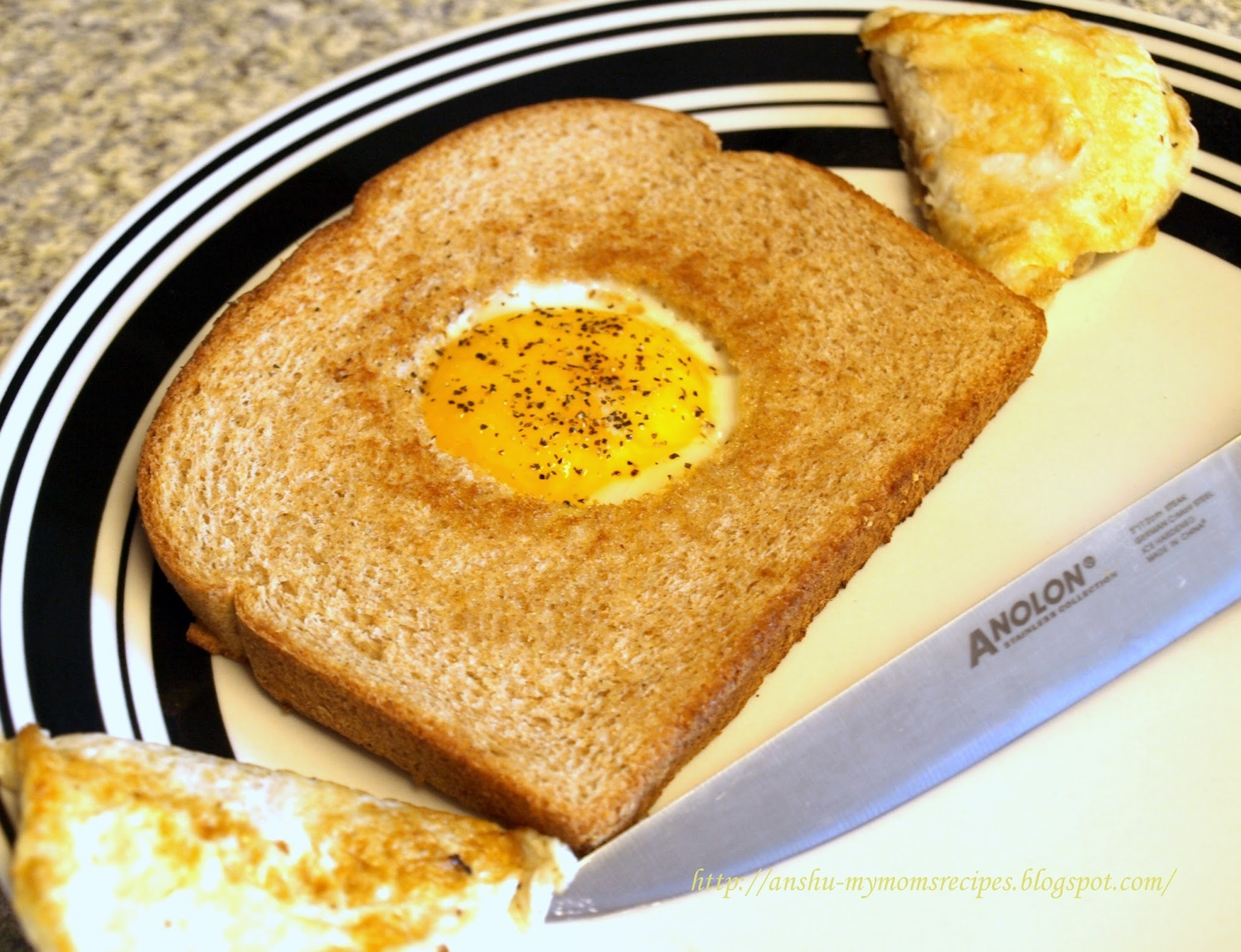 Bird's   Nest { Eggs and Toast }
