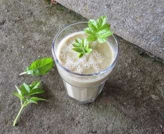 Grüner wilder Smoothie