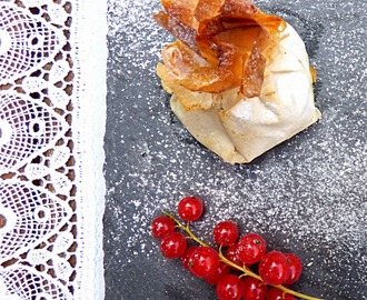 Currants and Clotted Cream Parcels