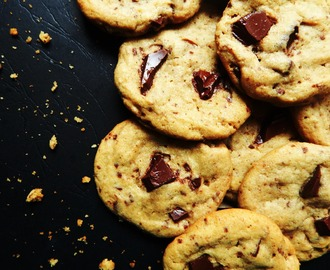 The Best Brown Butter Chocolate Chunk Cookies