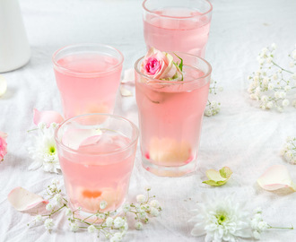 Cocktail au litchi Prosecco et eau de rose