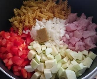 One pot pasta (dinde, poivron, courgette)