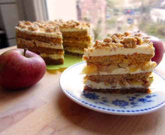 Apple Crumble Torte