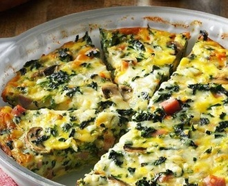 BEST CRUSTLESS SPINACH, ONION AND FETA QUICHE
