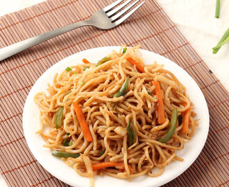 Veg Hakka Noodles Recipe  (with Step by Step Photos)