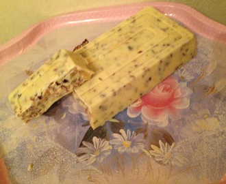 """Turron de chocolate blanco & frutos secos"""