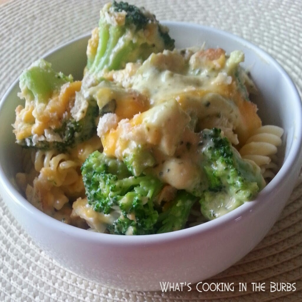 Slow Cooker Broccoli Cheddar Chicken Pasta