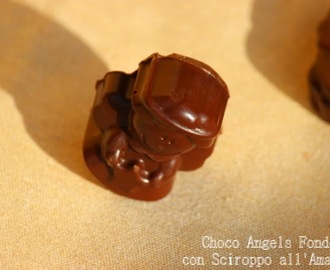 Regali di Natale home made #1: Choco Angels al fondente con cuore di amarena