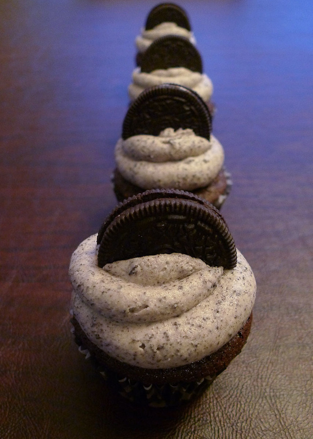 My obsession and Oreo Cupcakes