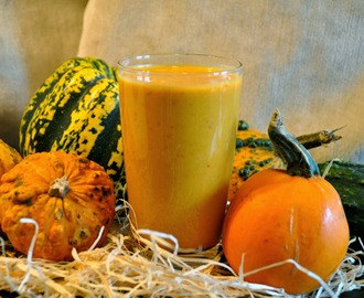 Happy Halloween! Pumpkin Smoothie Recipe