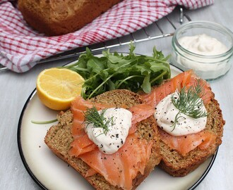 Irish Soda Bread with Smoked Salmon and Horseradish Sauce