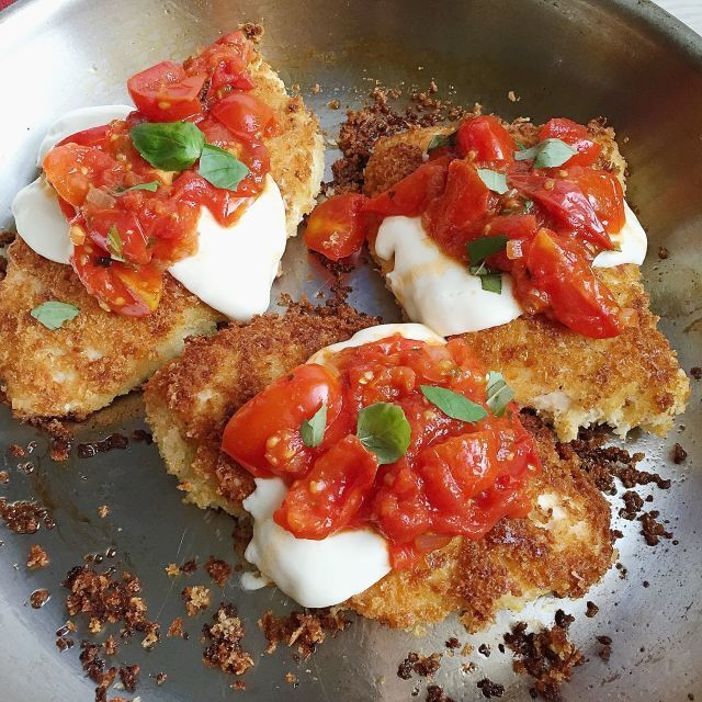 Crispy Chicken Parmesan with Tomatoes and Mozzarella