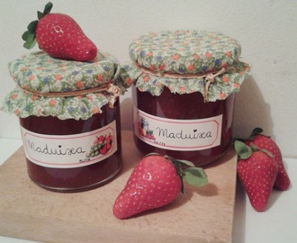 Mermelada de fresa casera - Homemade strawberry jam