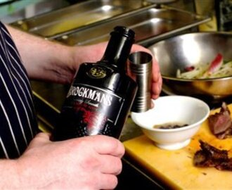 Recipe: Wood Pigeon with Brockmans Gin Winter Salad