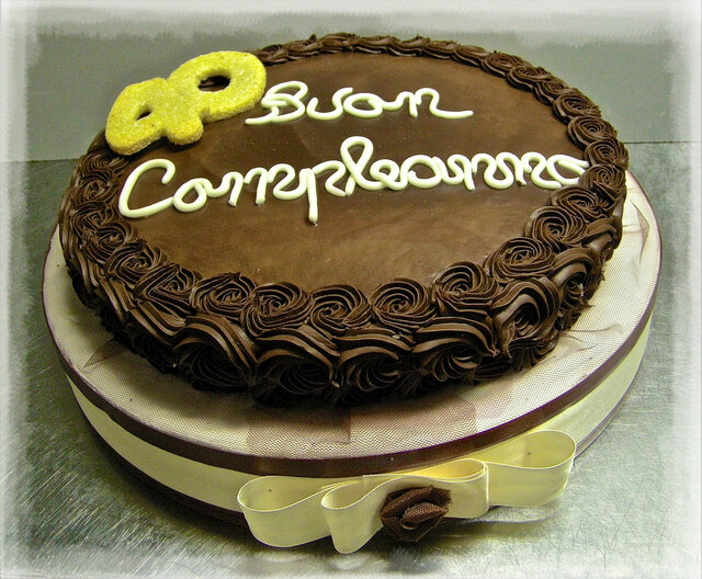 "Torta compleanno: ""40 years old"""