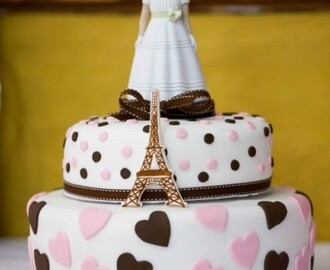 "Tarta Fondant ""Paris Chic"""