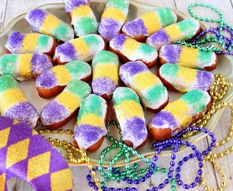 "Mini Long Johns for Mardi Gras and #SundaySupper ""Fat Sunday"""