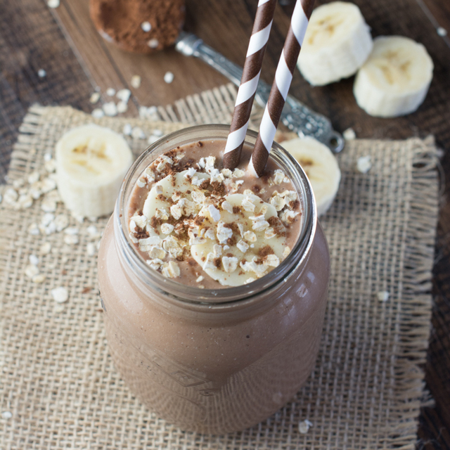 Coconut, Banana & Chocolate Breakfast Smoothie