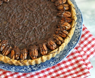 Recipe: Caramel and Pecan Tart