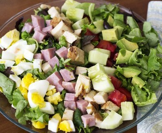 Cobb Salad From The 30 Day Guide to Paleo Cooking