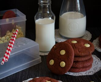 Red velvet cookies con Lacasitos blancos