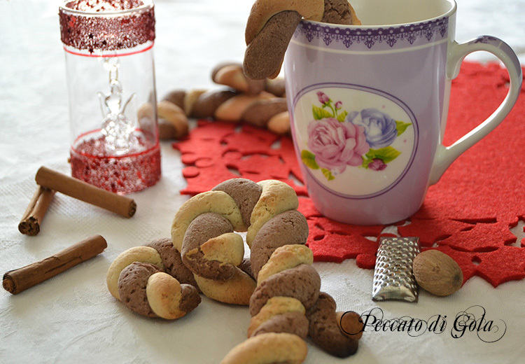 Candy canes cookies: bastoncini di biscotto