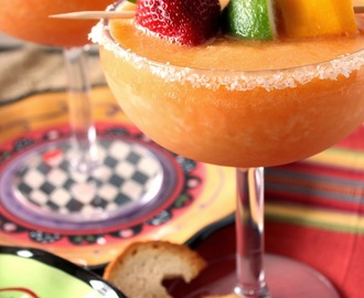 Frozen Mango Strawberry Margarita's for Cinco de Mayo
