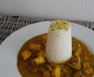 Kip curry schotel met courgette