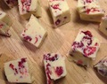White chocolate fudge with red berries - *my own* oh-so-easy recipe